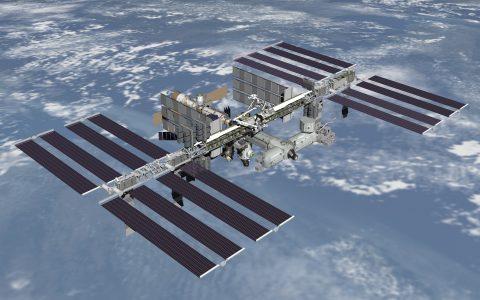 Escuchando imágenes en directo desde la Estación Espacial Internacional